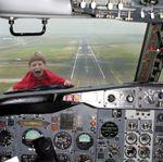 Kid-on-plane-732350