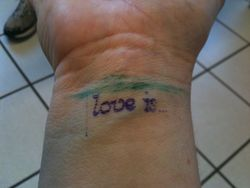 Loveis 1